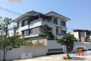 Biệt thự hiện đại 3 tầng mái Thái